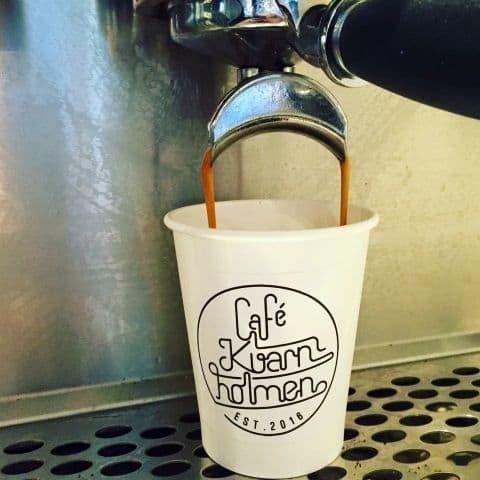 Kaffe – Bild från Café Kvarnholmen av Agnes L.