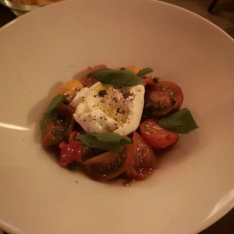 Burrata – Bild från Café Cuvée av My J.