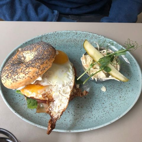 Egg & Bacon Bagle – Photo from Café Sirap by David F.