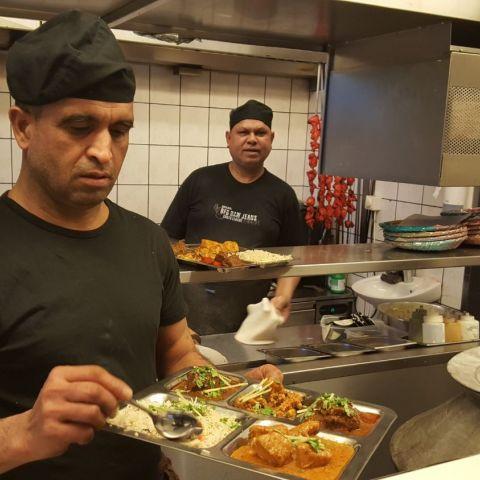 Nu kan du prova hela lunch meny genom att välja en THALI – Photo from Chili Masala by Shahzad A.