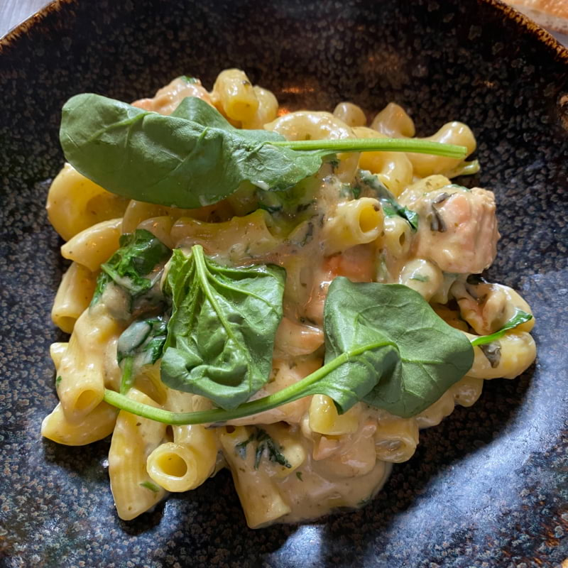 Pasta med lax. Lunch 100:-. – Bild från Cibo Italo-Americano av Peter B.