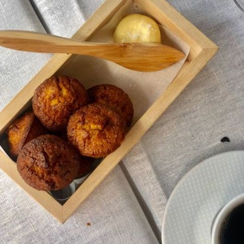 Magiskt majsbröd som ingår på middagen, vi fick provsmaka)) – Bild från Copine av Annelie V.