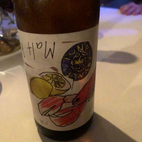 Egen öl – Bild från Coco & Carmen av Tove E.