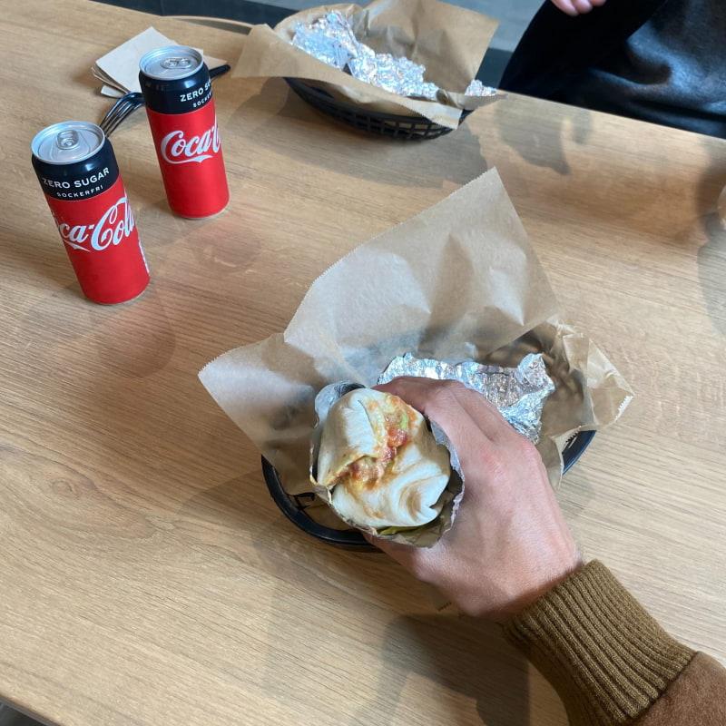 Burritos – Bild från Cocito av Adam L.