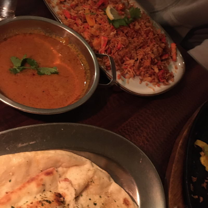 Banyari chicken med stark sås + garlic naan – Photo from Curry Spice City by Anna T.