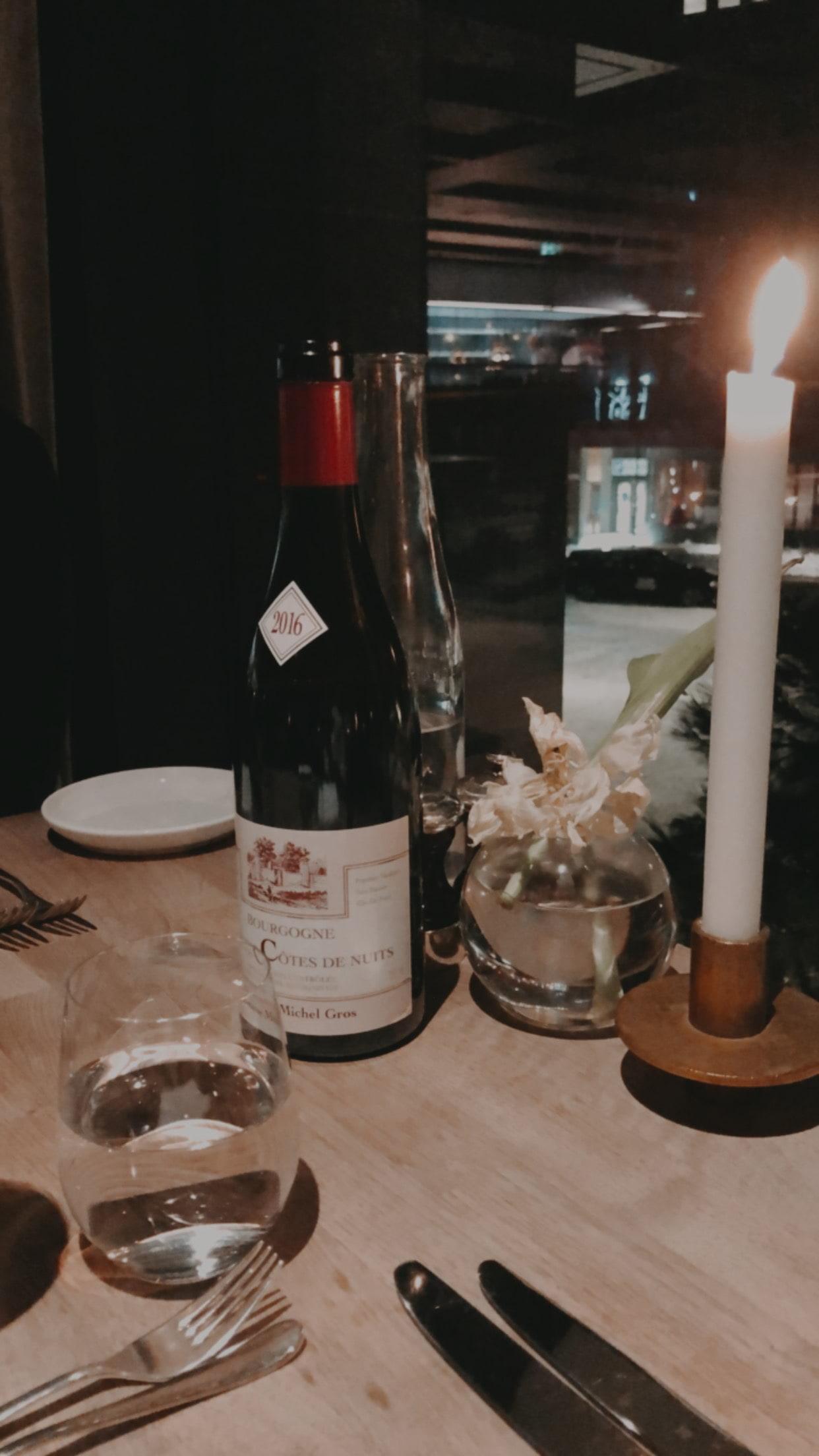 Bild från Dining Room At Six av Ida B.