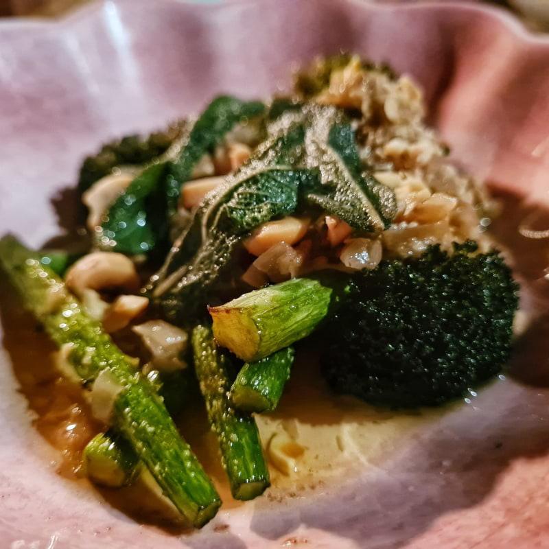 Broccolini med salvia och bryntsmör – Bild från DoMa av Cecilia S.