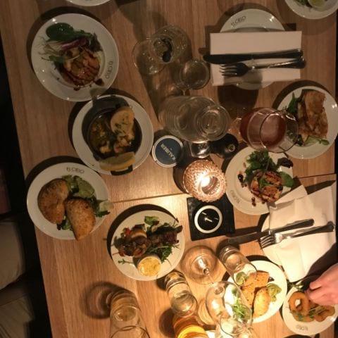 Beställde in en av varje på menyn super nöjda – Bild från El Cielo av Nicolina U.