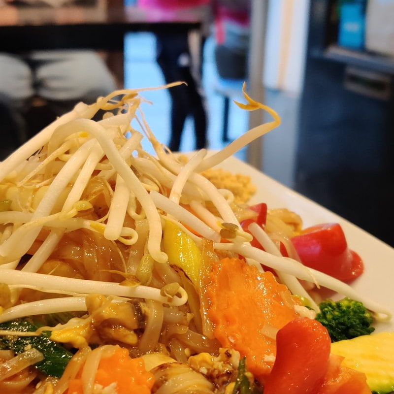 Pad Thai – Photo from Fullmoon Wok by Shahzad A.