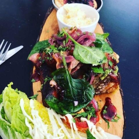 Planka med blandade goda saker kyckling chorizo fläsk – Photo from Grodhavet by Nicolina U.