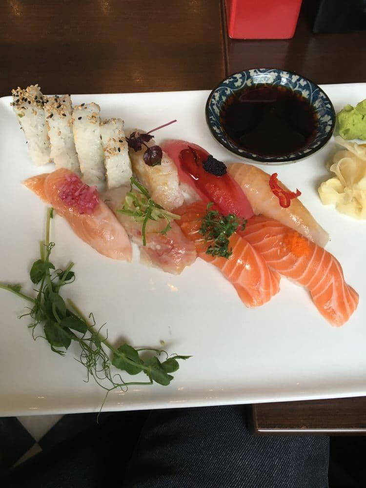 Bild från Hattori Sushi Devil Drottninggatan av Fredrik J.
