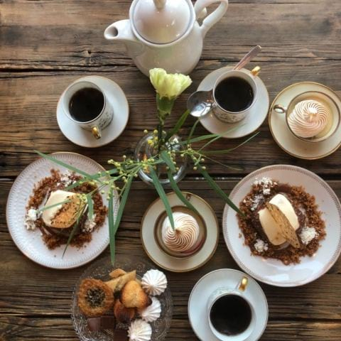 Dessertbord – Bild från Handelshuset av Agnes L.