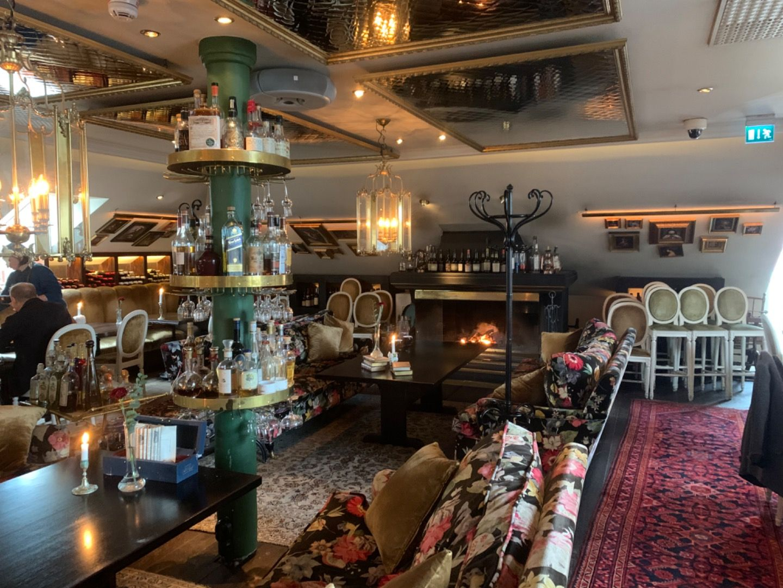 Restaurangen samt där man äter frukost – Bild från Hotel Pigalle av Malin S.