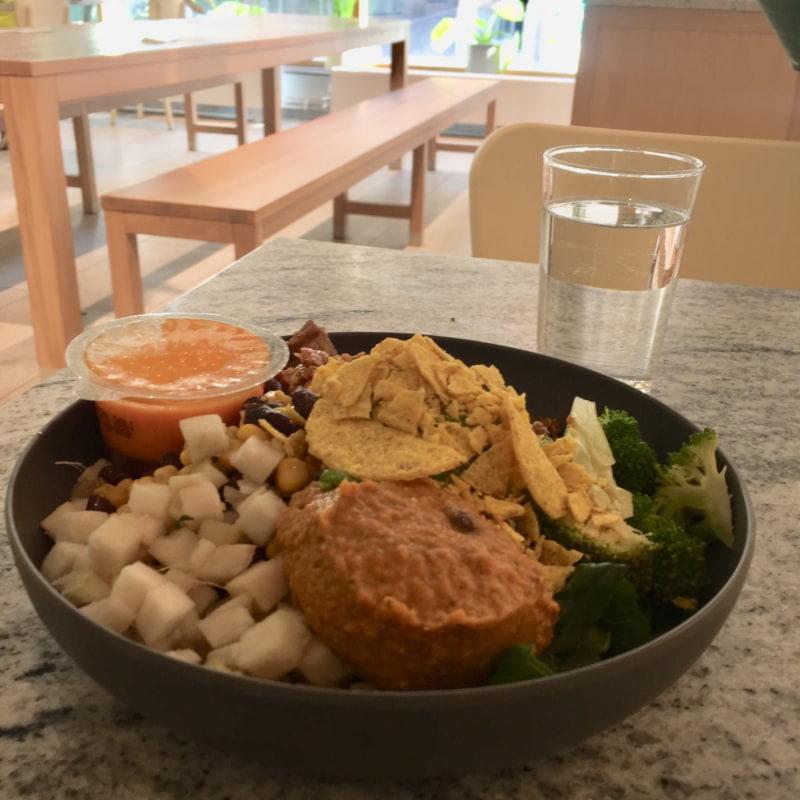 """Mexicali med vegetarisk """"pulled pork"""" – Bild från Holy Greens Götgatsbacken av Caroline L."""