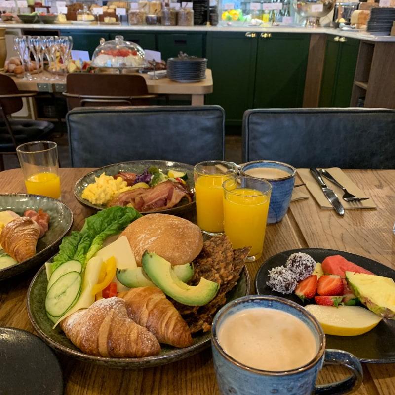 Frukost – Bild från Hotel Frantz av Sarah A.