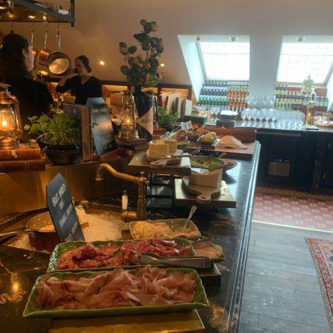Frukost – Bild från Hotel Pigalle av Malin S.