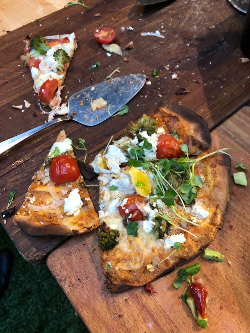 Väldigt god pizza – Bild från Isabelle's Market av Agnes L.