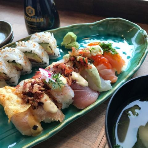 11 bitar blandad sushi – Photo from Itamae Izakaya by Carolina B.
