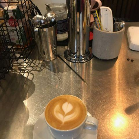 Cappuccino! – Bild från Johan & Nyström Swedenborgsgatan av Jessica K.