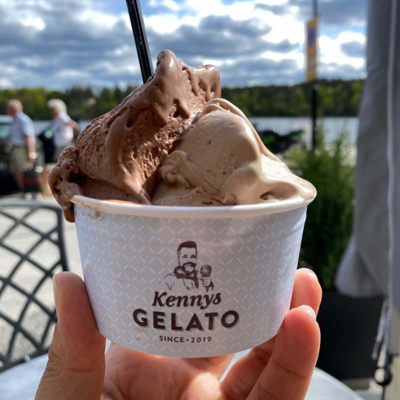Choklad & plopp – Photo from Kennys Gelato by Agnes L.