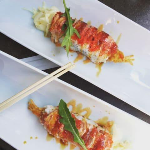 Maki med friterad räka och tonfisk ovanpå – Photo from Minako by Adam L.