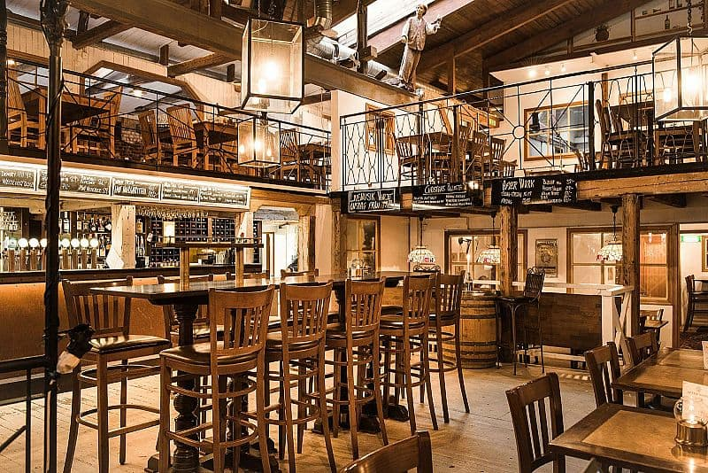 Le Pub