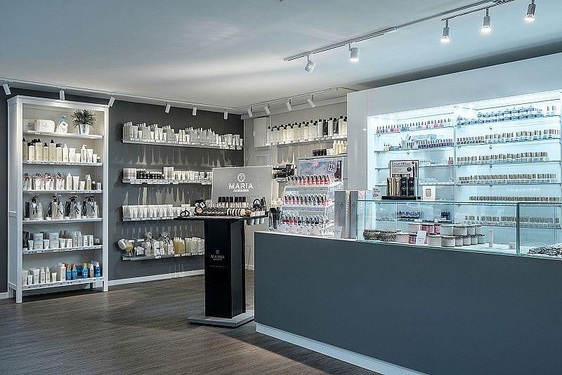M & M Nail & Beauty Center