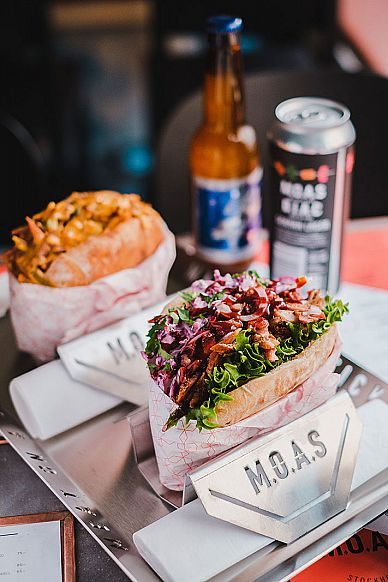 M.O.A.S - Meat on a Stick Nytorget