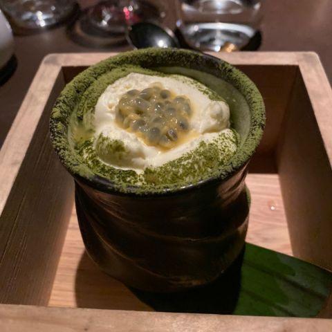 Tiramisu med grönt te och passionsfrukt – Bild från Miss Voon av Ingela P.