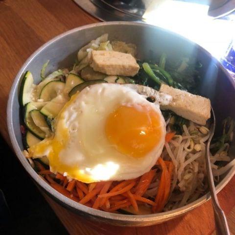 Vegetarisk bibimbap – Bild från Nam Kang av Fredrik J.