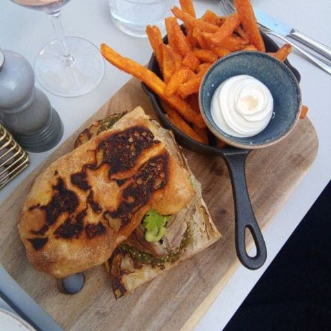 Pulled pork sandwich – Photo from NOFO Hotel & Wine Bar by Katarina D.