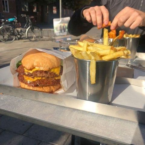 Dubbel Phils (320 g) – Photo from Phil's Burger Fältöversten by Adam L.