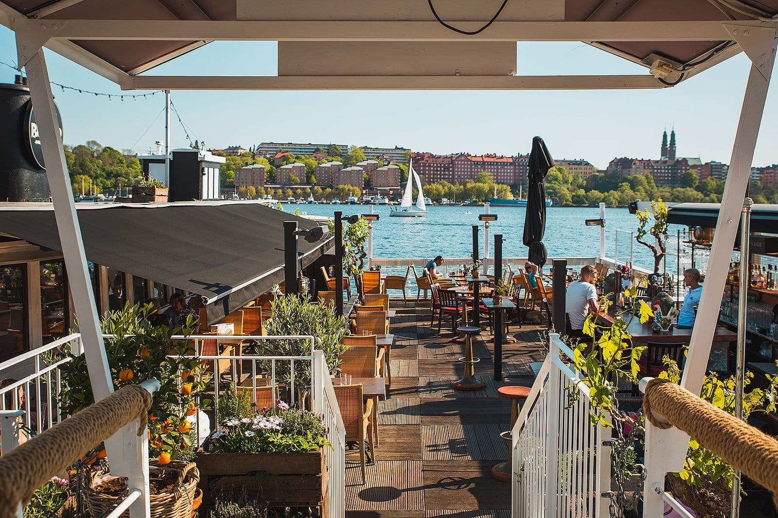 Nu oppnar fredsgatan 12 terrassen for sommaren