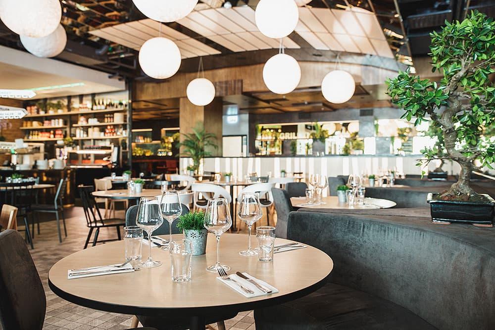 pong lindhagen restaurant kungsholmen stockholm thatsup. Black Bedroom Furniture Sets. Home Design Ideas
