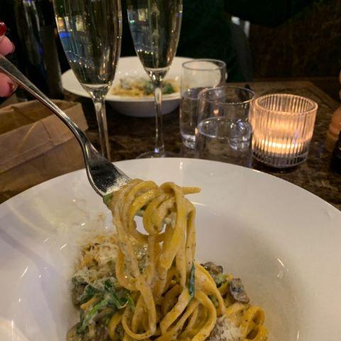 Halv portion tryffelpasta – Photo from Portofino by Sarah A.