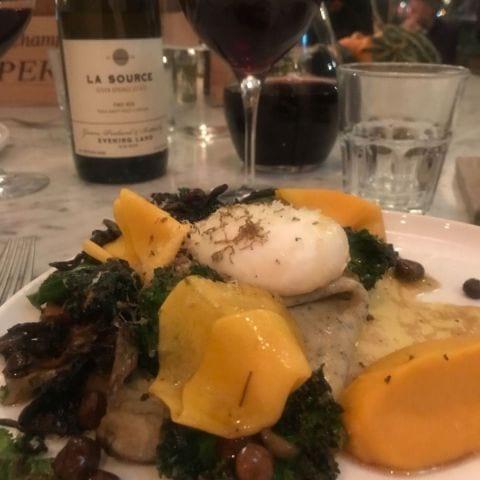 Bild från Portal Restaurant av Mia L.