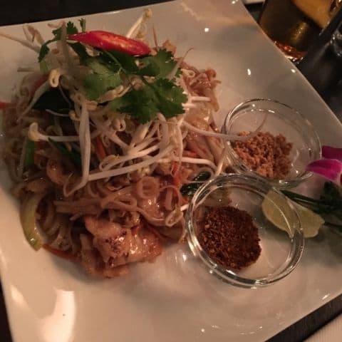 """""""Vegetarisk"""" phad thai – Bild från Pong Skrapan av Fredrik J."""