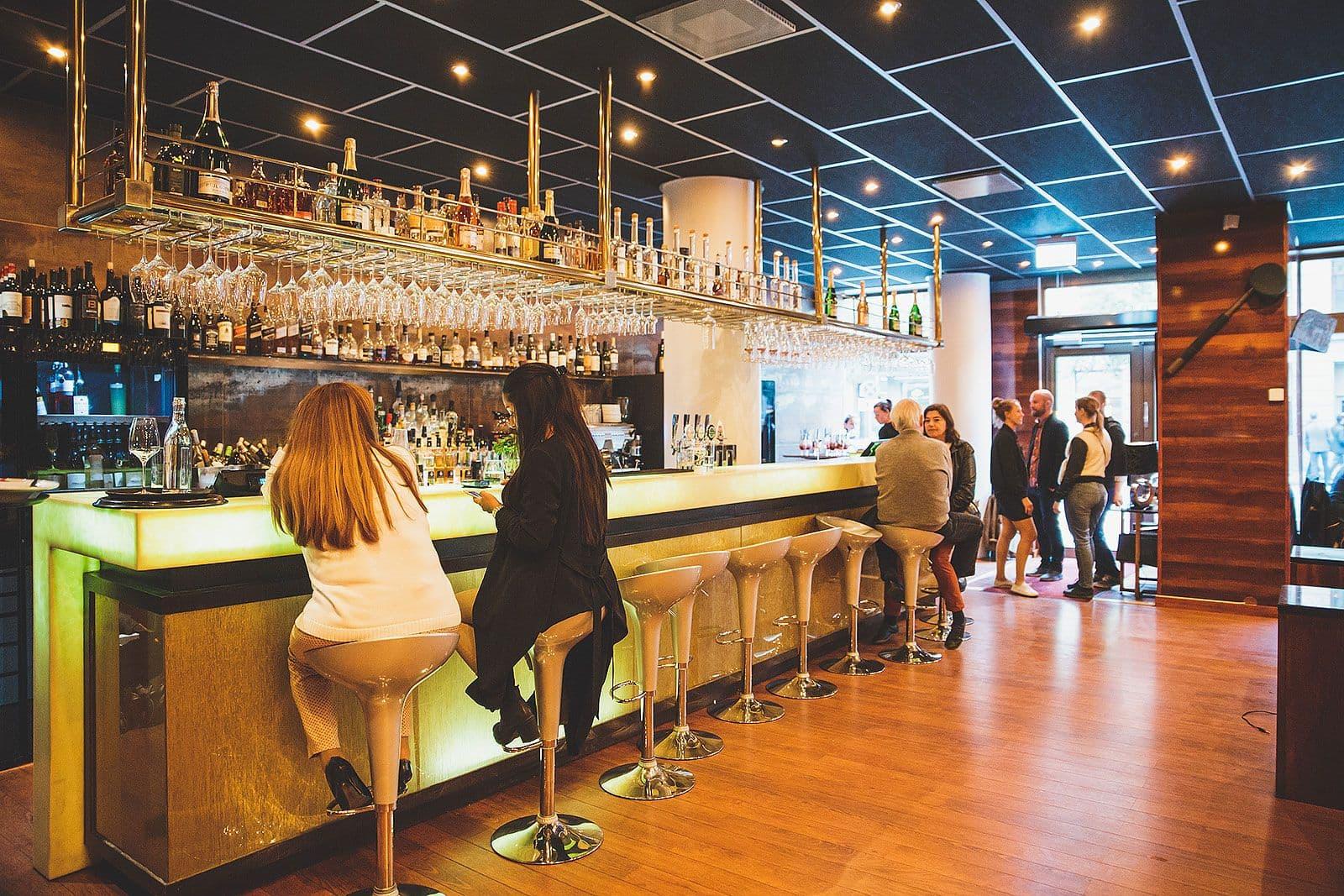 restauranger på vasagatan stockholm