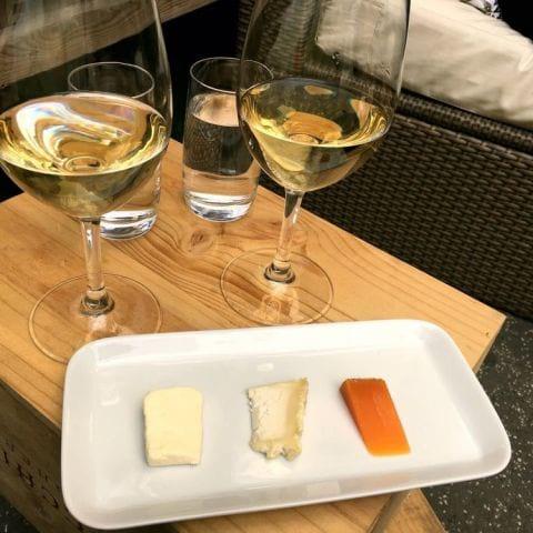 AW: beställ vin och du får 3 st ost på köpet ( varje ons & fre) – Photo from Restaurang W by Wijnjas by Katarina D.
