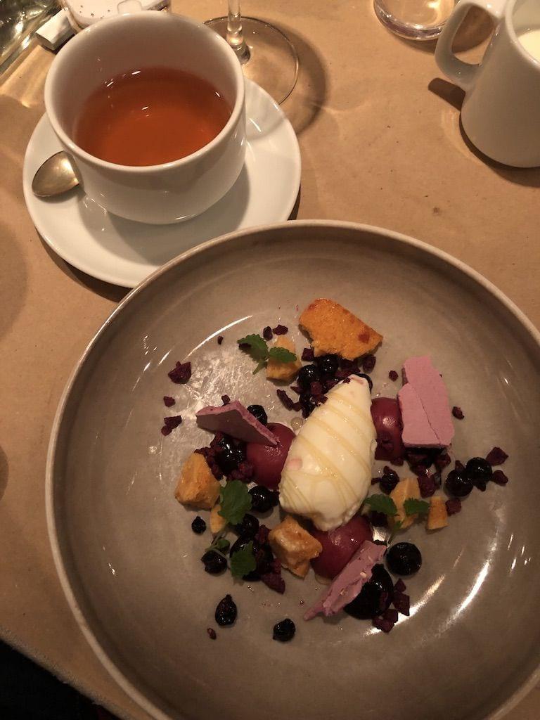 Yoghurtsorbet – Bild från Restaurang AG av Adam L.
