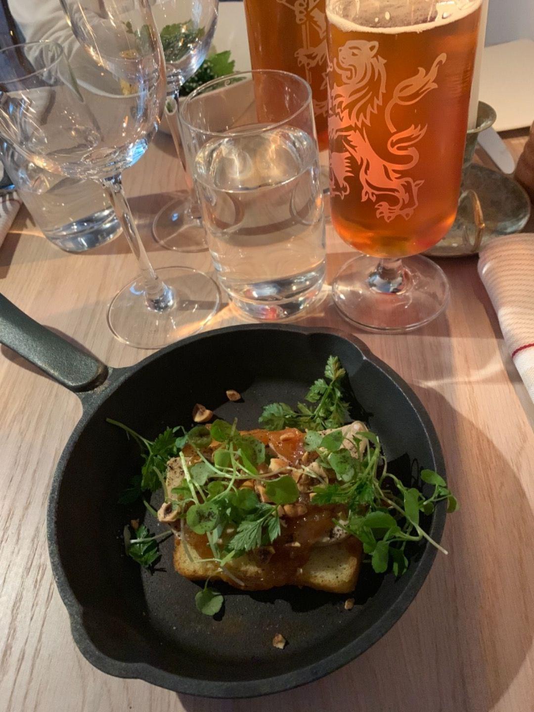 Förrätt - anklever – Bild från Restaurant Aubergine av Jenny Q.