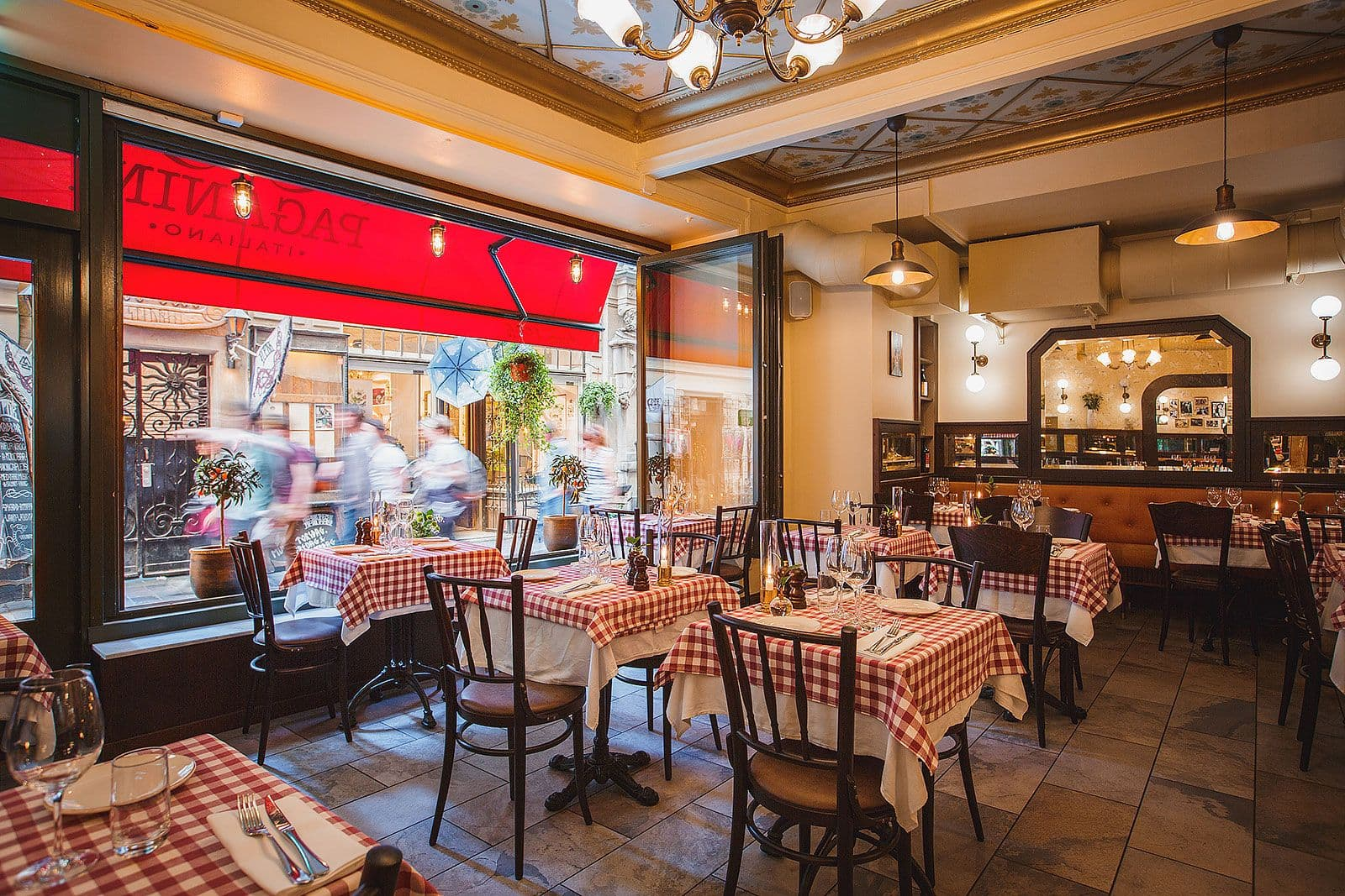 italiensk restaurang i gamla stan