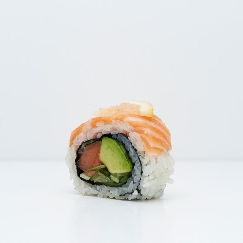 Lax och citronrullar – Bild från Saya Sushi Hötorget av Saya S.