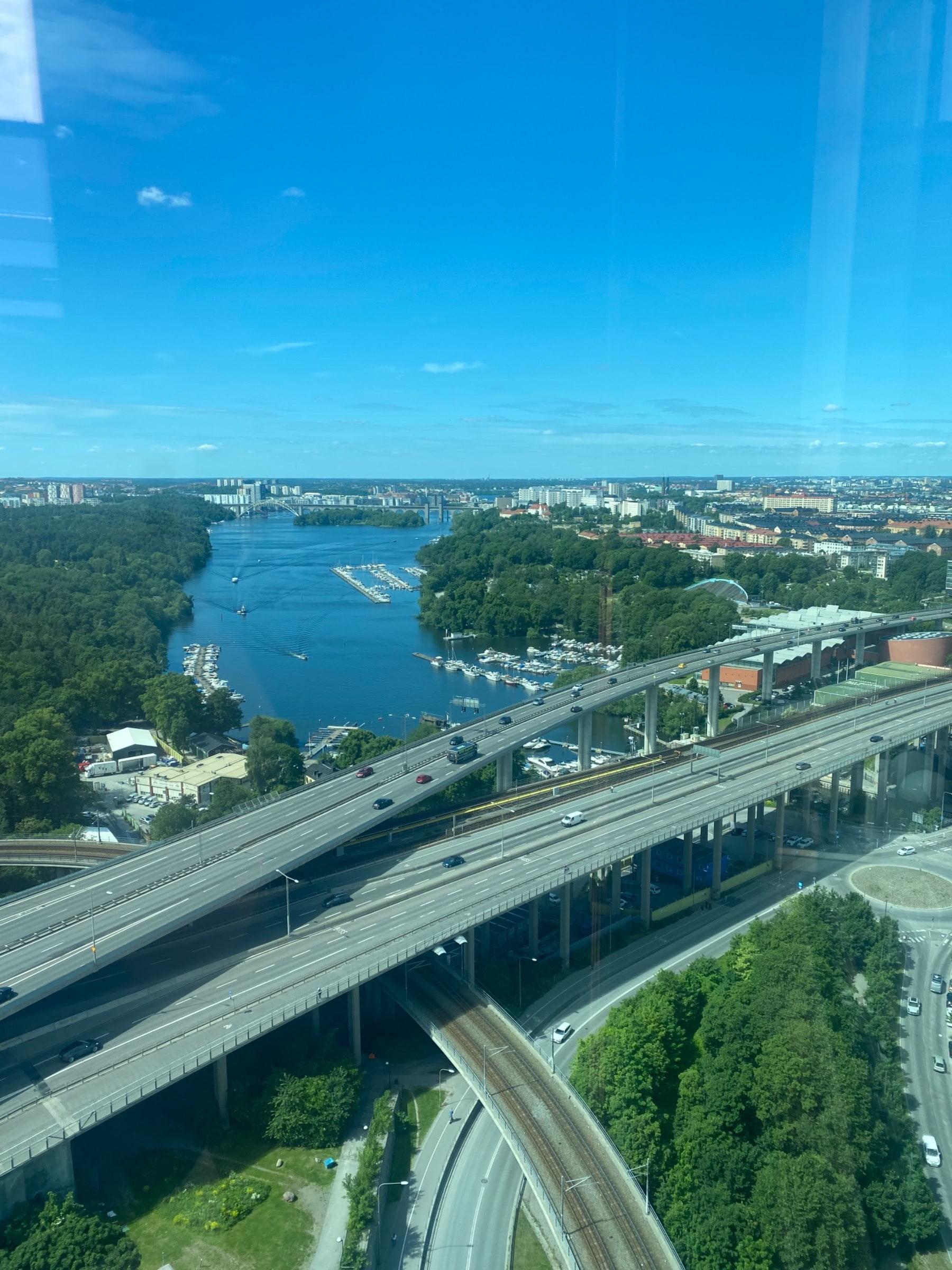 Bild från Sjöstaden Skybar av Peter B.