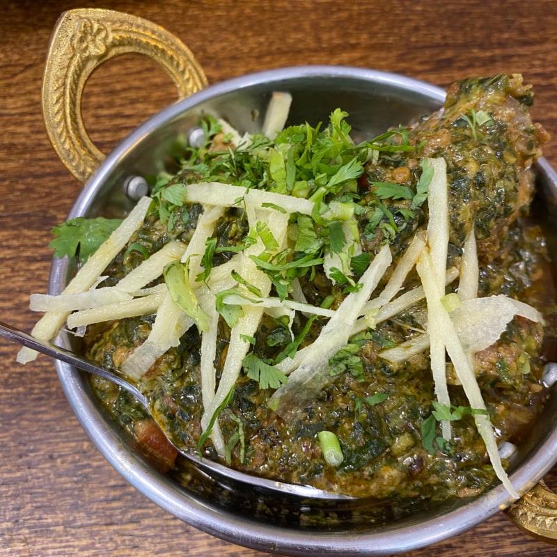 Spenat lamm gryta – Bild från Spice Villa av Madiha S.