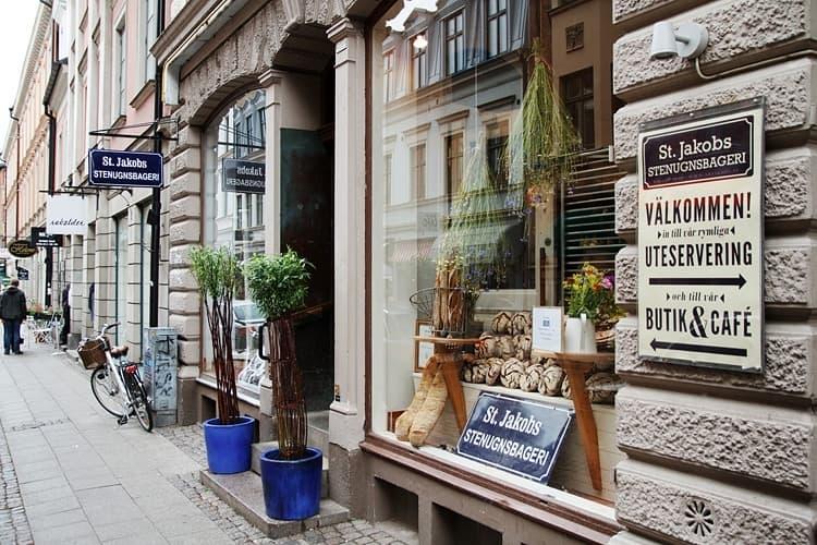 recension juridiska bordeller fantasi i Malmö