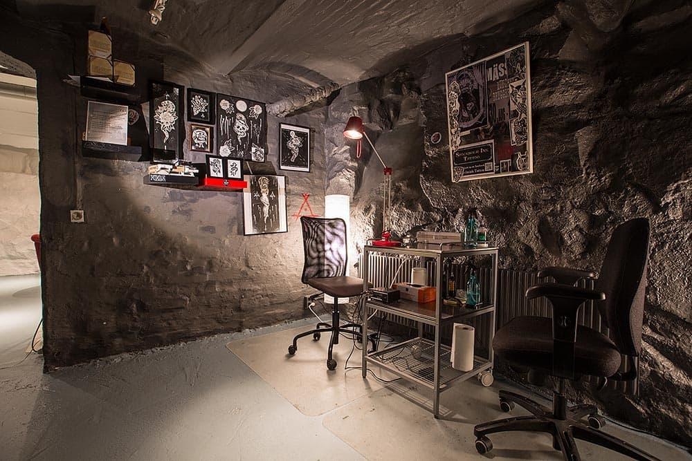 stockholmink tattoo studio tattoo studio vasastan stockholm thatsup. Black Bedroom Furniture Sets. Home Design Ideas