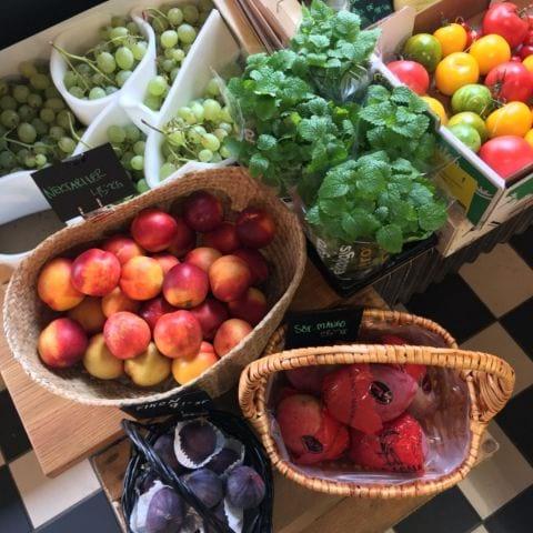 Frukt – Bild från Stockholm Ost & Chark Södermalm av Agnes L.