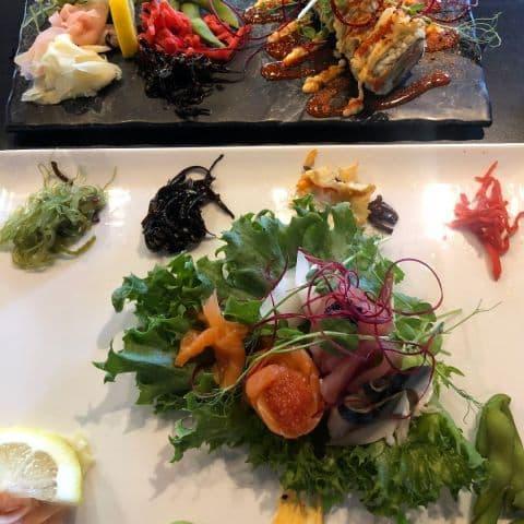 Spicy tuna och sashimi – Bild från Svenska Sushiköket av Adam L.