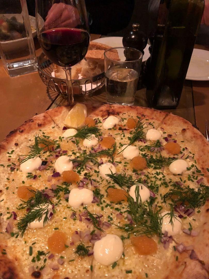 Löjromspizza på Taverna Brillo. – Bild från Taverna Brillo av Emmi A.